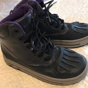 Kids nike ankle boots